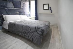 Hostal Foster, Affittacamere  Madrid - big - 31