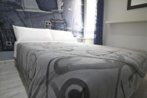 Hostal Foster, Affittacamere  Madrid - big - 29