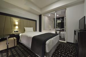 Premium Comfort Single Room with Complimentary Breakfast