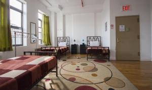 Single Bed in 4-Bed Mixed Dormitory With Private Bathroom