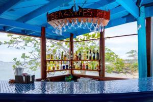 Bay Gardens Beach Resort (13 of 92)