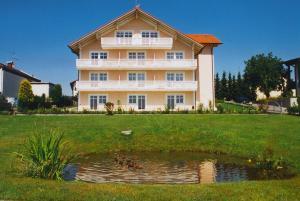 Kurhotel Würdinger Hof, Hotely  Bad Füssing - big - 21