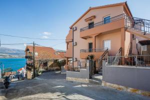 Apartments Viljac - Трогир