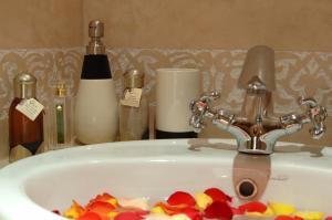 Les Suites de Marrakech - 2, Apartmány  Marakéš - big - 56