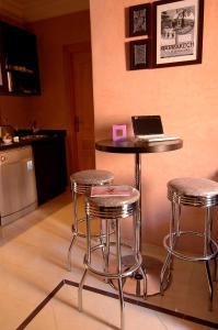 Les Suites de Marrakech - 2, Apartmány  Marakéš - big - 52