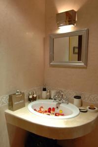 Les Suites de Marrakech - 2, Apartmány  Marakéš - big - 50