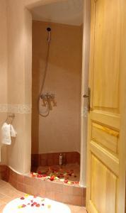 Les Suites de Marrakech - 2, Apartmány  Marakéš - big - 48