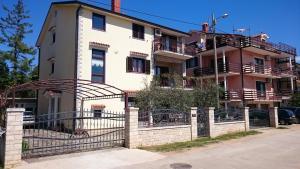 Apartments Ruža - Murine