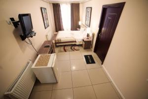 Truskavets Central Jam Mini Hotel, Inns  Truskavets - big - 8