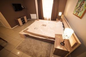 Truskavets Central Jam Mini Hotel, Inns  Truskavets - big - 15