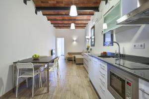Fira Centric, Апартаменты  Барселона - big - 13