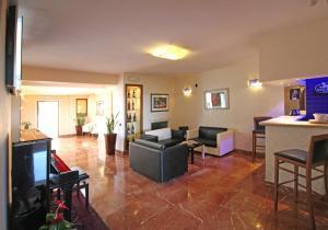 Harri's Hotel Chieti - AbcAlberghi.com