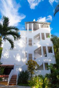 Hotel Camino Maya Ciudad Blanc..