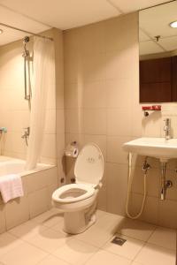Riviera Mansion Hotel, Hotels  Manila - big - 3