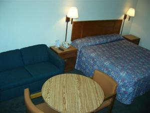 Travelers Inn and Suites Sumter, Motely  Sumter - big - 4