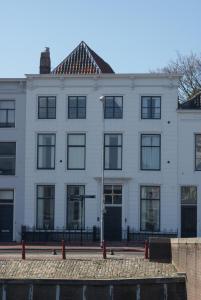 B&B Parijs aan de Kaai, B&B (nocľahy s raňajkami)  Middelburg - big - 9