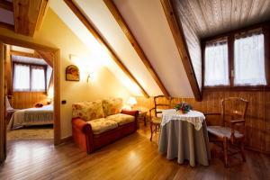 Hotel Ciria, Отели  Бенаске - big - 12