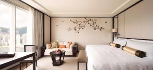 Grand Deluxe Double or Twin Room with Harbour View