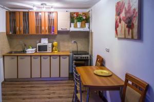 Fantasy Residence, Apartmanok  Brassó - big - 5