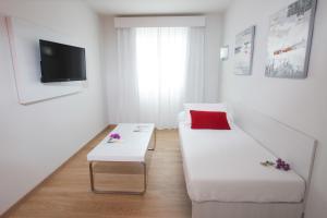 Aequora Lanzarote Suites, Hotely  Puerto del Carmen - big - 11