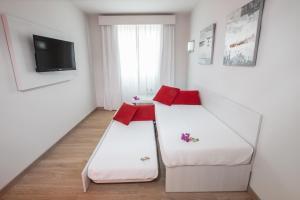 Aequora Lanzarote Suites, Hotely  Puerto del Carmen - big - 8