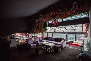 Living Hotel, Hotels  Tirana - big - 57