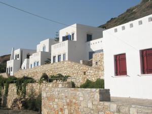 Abrami Traditional Villas and Studios