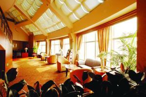 Hotel Nikko Dalian, Отели  Далянь - big - 52