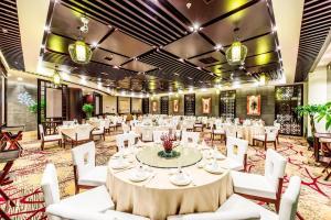 Hotel Nikko Dalian, Отели  Далянь - big - 56