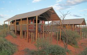 Suricate Tented Kalahari Lodge, Лоджи  Hoachanas - big - 4