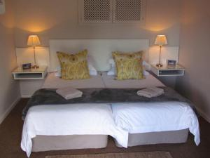 Deluxe Twin Room with Sofa