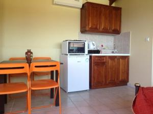 Villa Eora, Apartmanok  Kerí - big - 13