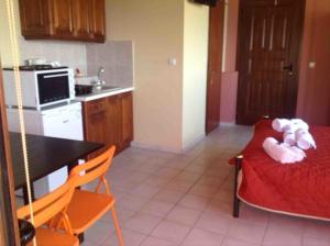 Villa Eora, Apartmanok  Kerí - big - 11