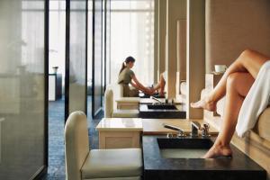 Four Seasons Hotel Toronto (9 of 49)