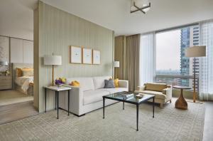 Four Seasons Hotel Toronto (23 of 49)