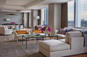 Four Seasons Hotel Toronto (18 of 49)
