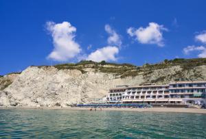 Hotel Vittorio Beach Resort - AbcAlberghi.com