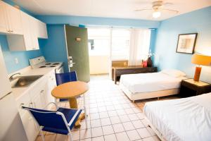 Single Bed in Small Mixed Dormitory Room