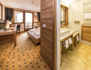 Falkensteiner Family Hotel Lido Ehrenburgerhof, Hotels  Chienes - big - 14