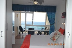 10 Two-Bedroom Apartment Sea View - Top Floor