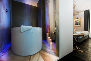 HT6 Hotel Roma - AbcAlberghi.com