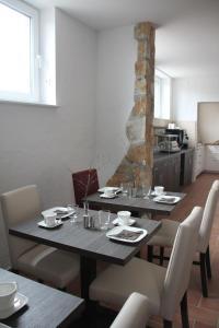 Apartmenthaus Unterwegs, Guest houses  Rostock - big - 26