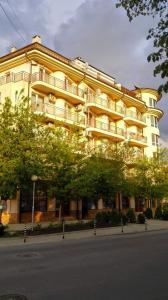 Evi Apartments 2, Apartmanok  Pomorie - big - 9