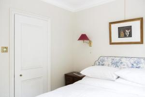 onefinestay - South Kensington private homes II, Apartmány  Londýn - big - 175