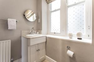 onefinestay - South Kensington private homes II, Apartmány  Londýn - big - 84