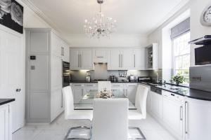 onefinestay - South Kensington private homes II, Apartmány  Londýn - big - 79