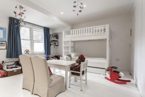 onefinestay - South Kensington private homes II, Apartmány  Londýn - big - 64