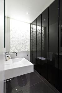 onefinestay - South Kensington private homes II, Apartmány  Londýn - big - 39