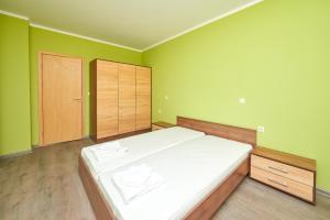 Evi Apartments 2, Apartmanok  Pomorie - big - 47