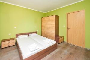 Evi Apartments 2, Apartmanok  Pomorie - big - 38